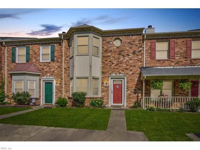 826 Creekside Cres, Chesapeake, VA 23320 (#10327902) :: The Kris Weaver Real Estate Team