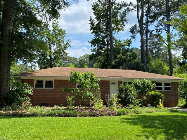 5617 Sedgemoor Rd, Virginia Beach, VA 23455 (#10327963) :: Rocket Real Estate
