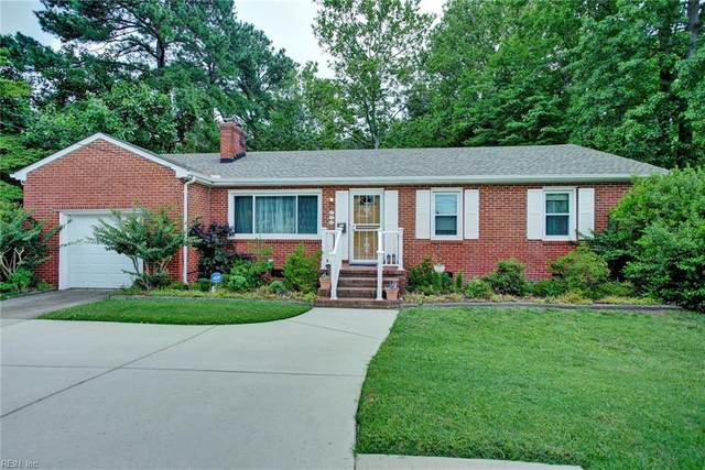 137 Saunders Rd, Hampton, VA 23666 (#10328184) :: Berkshire Hathaway HomeServices Towne Realty