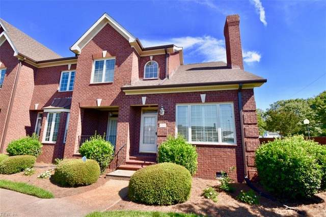 3217 Huntwick Ln, Virginia Beach, VA 23451 (#10328276) :: The Kris Weaver Real Estate Team