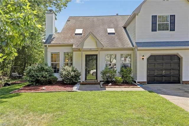 124 Tui Pl, York County, VA 23693 (#10328361) :: The Kris Weaver Real Estate Team