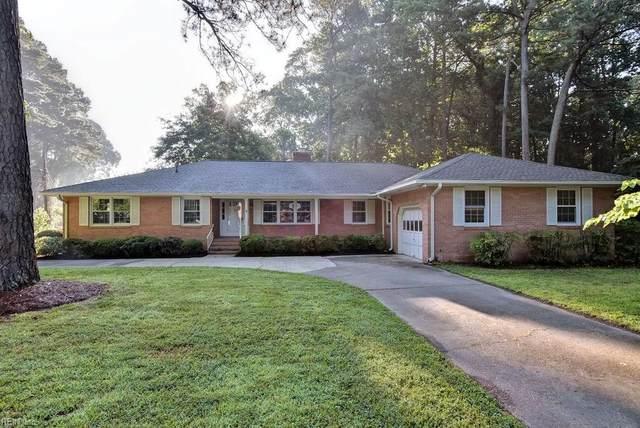 110 Lakeview Dr, York County, VA 23692 (#10328661) :: The Kris Weaver Real Estate Team