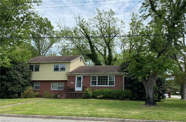 18 Brookfield Dr, Hampton, VA 23666 (#10328869) :: The Bell Tower Real Estate Team