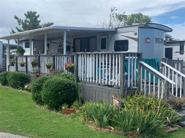 3665 Sandpiper Rd #225, Virginia Beach, VA 23456 (#10329784) :: AMW Real Estate