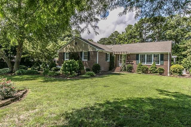 913 Showalter Rd, York County, VA 23692 (#10330138) :: The Kris Weaver Real Estate Team