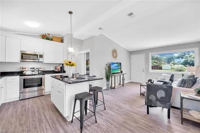 125 Beechwood Dr, Suffolk, VA 23434 (#10330691) :: Berkshire Hathaway HomeServices Towne Realty