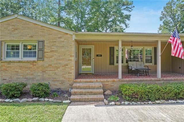 37 Whits Ct, Newport News, VA 23606 (#10331738) :: AMW Real Estate