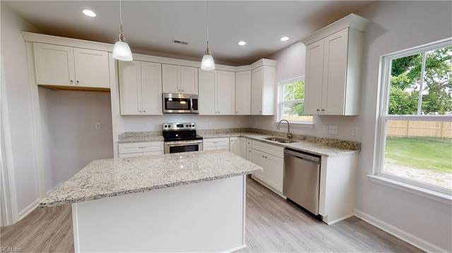 4 Ponderosa Dr, Hampton, VA 23666 (#10331839) :: The Kris Weaver Real Estate Team