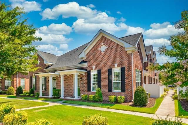 716 Guildford Mews, Chesapeake, VA 23320 (#10332010) :: Encompass Real Estate Solutions