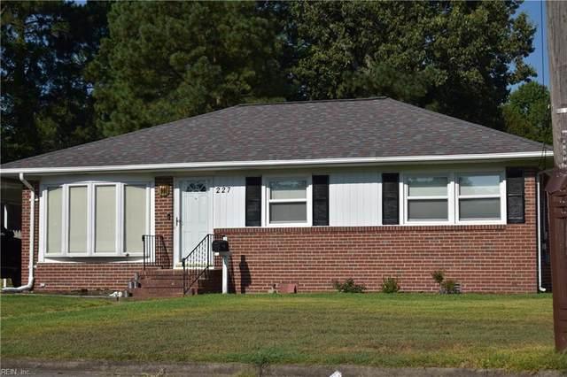 227 Lynnhaven Dr, Hampton, VA 23666 (#10332533) :: Atlantic Sotheby's International Realty