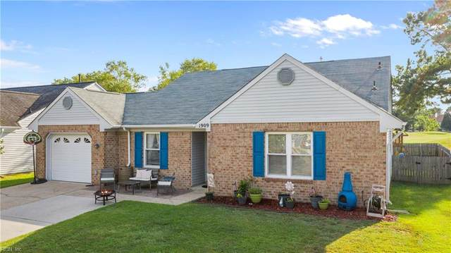 1909 Summerwalk Dr, Virginia Beach, VA 23456 (#10333050) :: Atkinson Realty