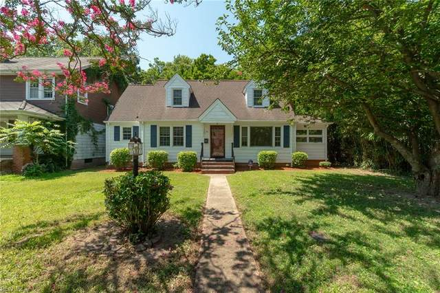 55 Pear Ave, Newport News, VA 23607 (#10333284) :: Kristie Weaver, REALTOR