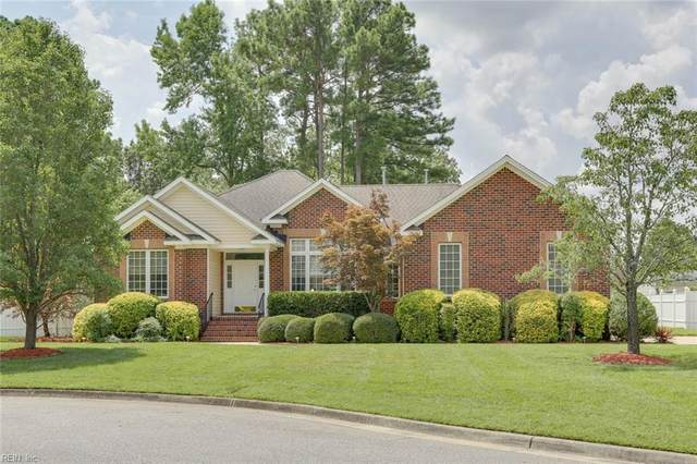 1207 Dominion Lakes Ct, Chesapeake, VA 23320 (#10334510) :: Encompass Real Estate Solutions
