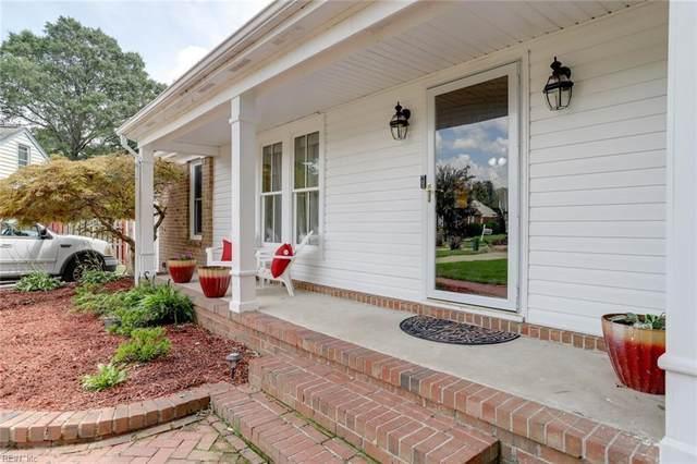 713 Caravelle Dr, Chesapeake, VA 23322 (#10334541) :: The Kris Weaver Real Estate Team