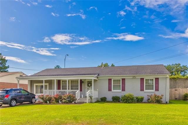 4964 Narragansett Dr, Virginia Beach, VA 23462 (MLS #10335943) :: AtCoastal Realty