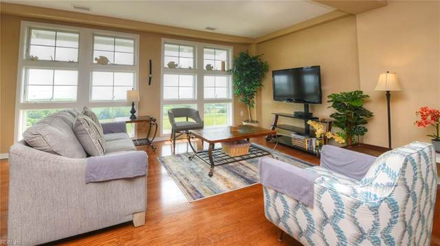 3738 Sandpiper Rd 429B, Virginia Beach, VA 23456 (#10338871) :: Berkshire Hathaway HomeServices Towne Realty