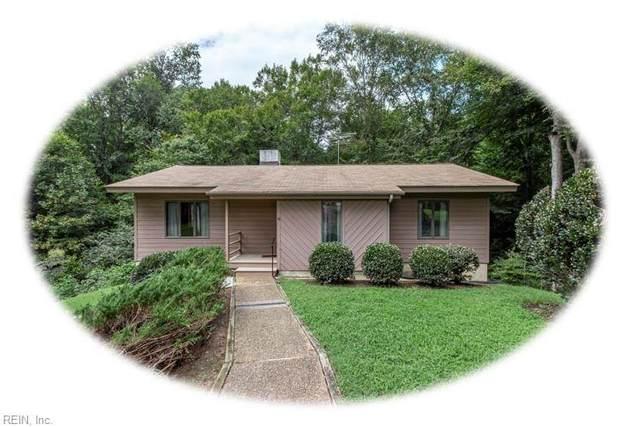 104 Glenwood Dr, James City County, VA 23185 (#10339340) :: The Kris Weaver Real Estate Team