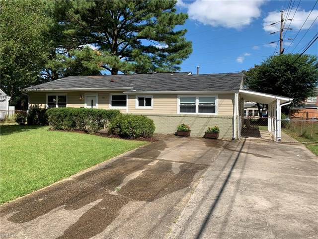 4504 John Jay Ln, Virginia Beach, VA 23462 (#10339902) :: The Kris Weaver Real Estate Team