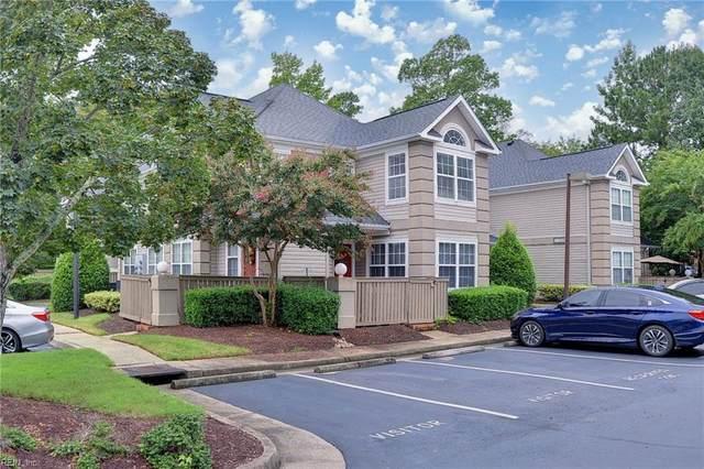 1304 Queens Xing, James City County, VA 23185 (#10341361) :: The Kris Weaver Real Estate Team