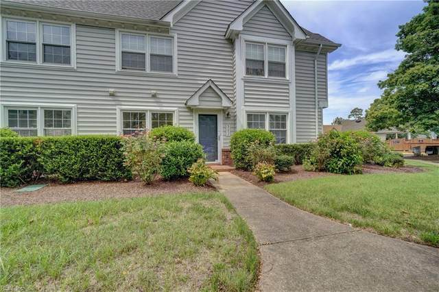 317 Wimbledon Chse J, Chesapeake, VA 23320 (#10341490) :: Gold Team VA