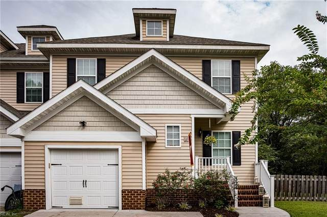 324 Snowberry Ln, Chesapeake, VA 23320 (#10342081) :: Berkshire Hathaway HomeServices Towne Realty