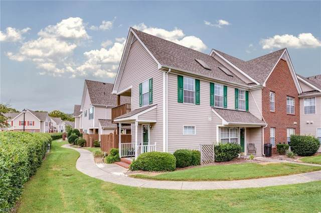 1912 Willow Point Arch, Chesapeake, VA 23320 (#10342370) :: Tom Milan Team