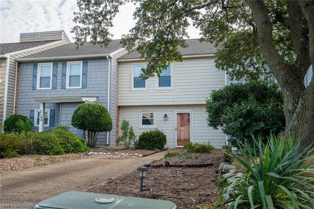 2104 Whispering Sands Ln, Virginia Beach, VA 23455 (#10342493) :: Kristie Weaver, REALTOR