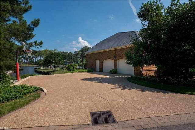 1020 Curlew Dr, Virginia Beach, VA 23451 (#10342672) :: Kristie Weaver, REALTOR