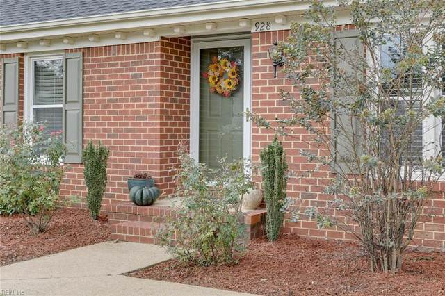 928 Arcadia Rd, Chesapeake, VA 23320 (#10343502) :: Rocket Real Estate