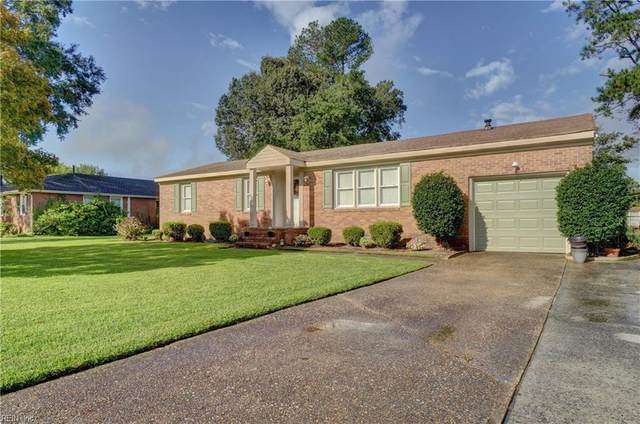 2738 Meadow Dr E, Chesapeake, VA 23321 (#10343507) :: Berkshire Hathaway HomeServices Towne Realty