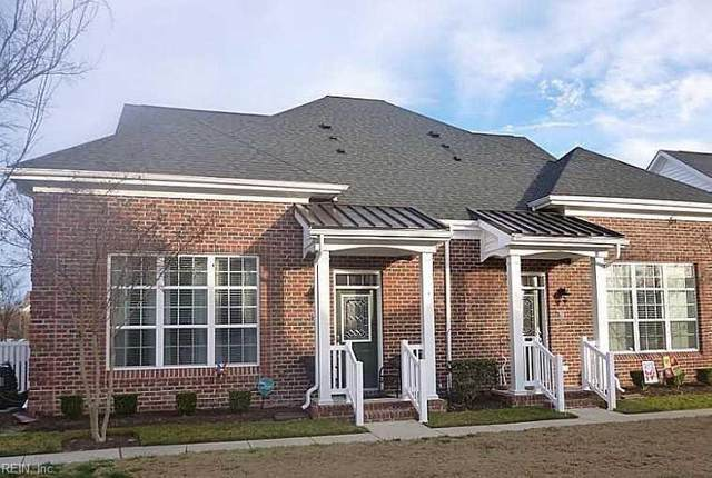 717 Kenyon Way, Chesapeake, VA 23320 (#10343670) :: Kristie Weaver, REALTOR