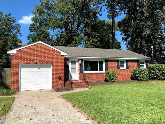 1437 Lakeside Rd, Virginia Beach, VA 23455 (#10343681) :: Encompass Real Estate Solutions