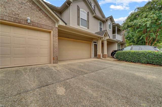 1046 Grand Oak Ln, Virginia Beach, VA 23455 (#10346096) :: Austin James Realty LLC