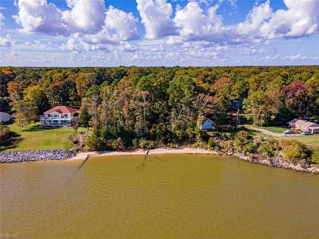 3995 River Landing Trl, Isle of Wight County, VA 23430 (#10346872) :: Abbitt Realty Co.