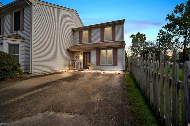 4027 Roebling Ln, Virginia Beach, VA 23452 (#10347378) :: The Kris Weaver Real Estate Team