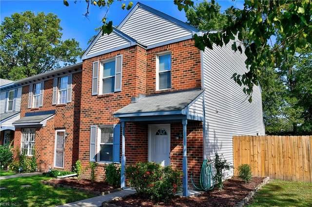 300 Seeman Ct, Virginia Beach, VA 23452 (#10347421) :: The Kris Weaver Real Estate Team