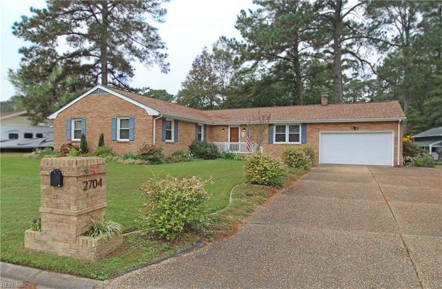 2704 W Meadow Dr W, Chesapeake, VA 23321 (#10348084) :: Atlantic Sotheby's International Realty