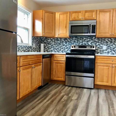 3825 S Plaza Trl, Virginia Beach, VA 23452 (#10348240) :: Rocket Real Estate