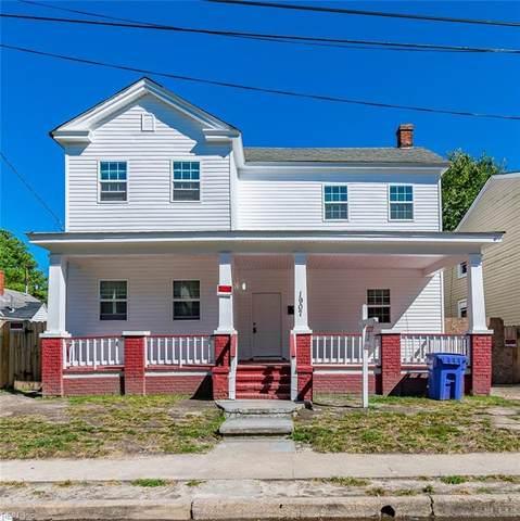 1907 Maple Ave, Portsmouth, VA 23704 (#10349612) :: Kristie Weaver, REALTOR