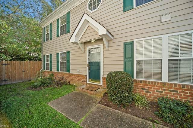 408 Little Neck Rd, Virginia Beach, VA 23452 (#10349701) :: Kristie Weaver, REALTOR