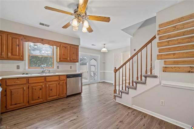 705 Waterstock Ct, Chesapeake, VA 23322 (#10350227) :: Rocket Real Estate