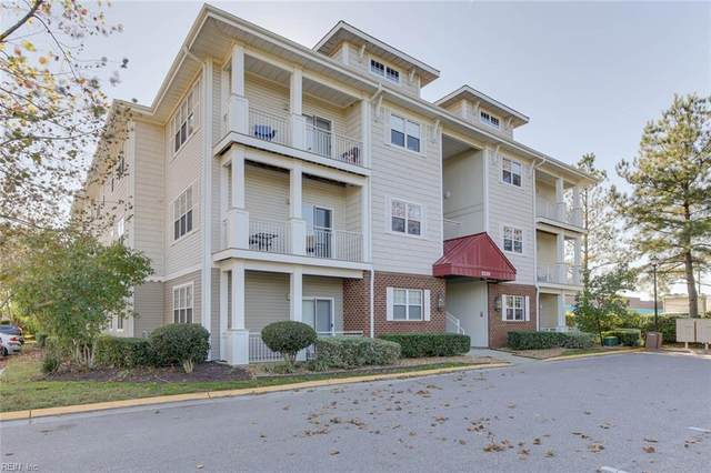 5329 Warminster Dr #102, Virginia Beach, VA 23455 (#10351153) :: Atkinson Realty