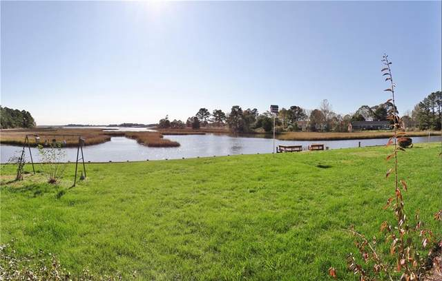 33 Windy Point Pt, Poquoson, VA 23662 (#10351399) :: Judy Reed Realty
