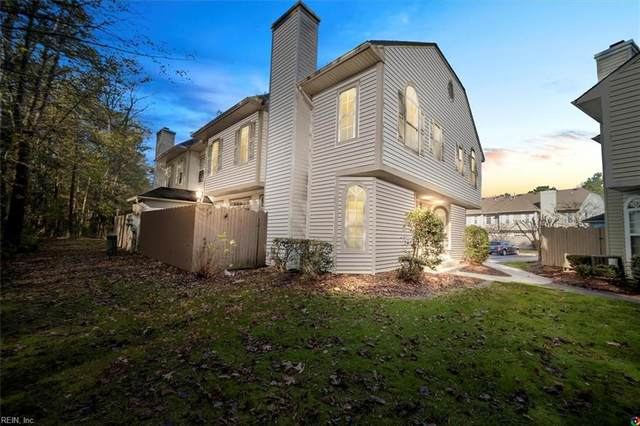 1445 Shortleaf Ln, Chesapeake, VA 23320 (#10351738) :: Berkshire Hathaway HomeServices Towne Realty