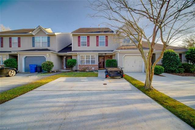 137 Horse Run Dr, Chesapeake, VA 23322 (#10352364) :: Berkshire Hathaway HomeServices Towne Realty