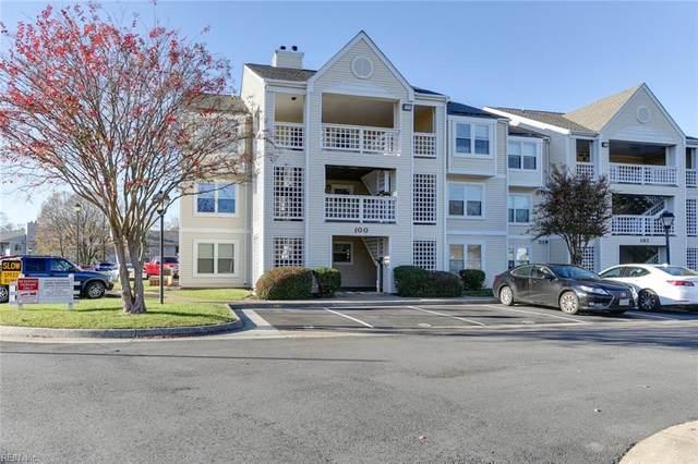 100 Lantana Ln, Hampton, VA 23669 (#10352765) :: The Bell Tower Real Estate Team