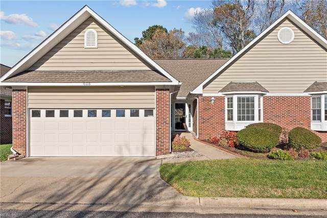 608 Fleet Dr, Virginia Beach, VA 23454 (#10353273) :: Berkshire Hathaway HomeServices Towne Realty