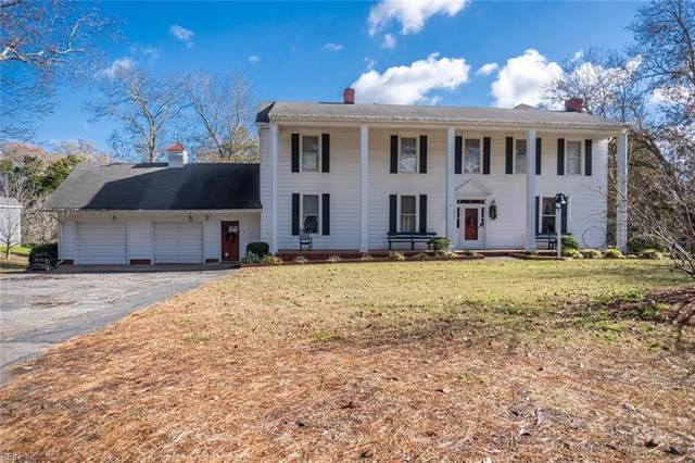 6000 Knotts Creek Ln, Suffolk, VA 23435 (#10353373) :: Tom Milan Team