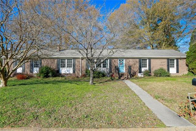 55 Carriage Hill Dr, Poquoson, VA 23662 (#10354862) :: The Bell Tower Real Estate Team