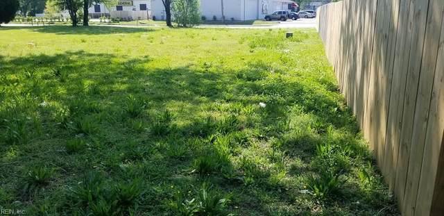 3120 Deep Creek Blvd, Portsmouth, VA 23704 (#10355950) :: Berkshire Hathaway HomeServices Towne Realty